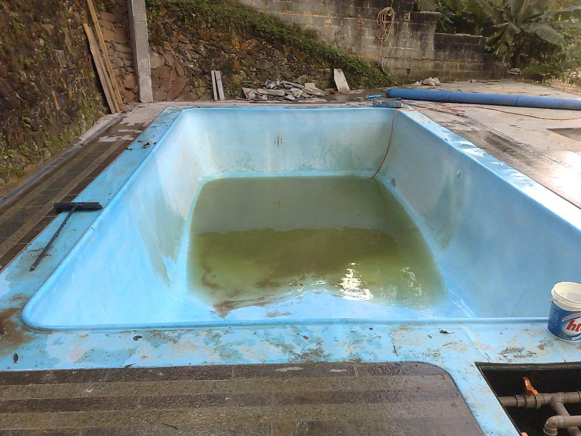 Como e feito uma reforma de piscina de fibra ponto das for Piscinas de fibra usadas